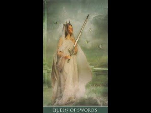 Гадание на королеву мечей (воздуха) на ближайшее будущее
