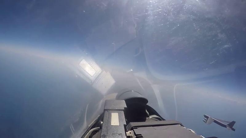 Су 27 перехватили американский бомбардировщик В 52Н
