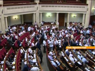 Ляшко пообещал посадить на вилы всех, кто не будет голосовать за закон о люстрации