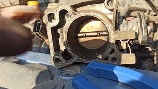 Чистим дроссельную заслонку - форд фокус 1 - как снять дроссельную заслонку - Ford Focus 1 1.6