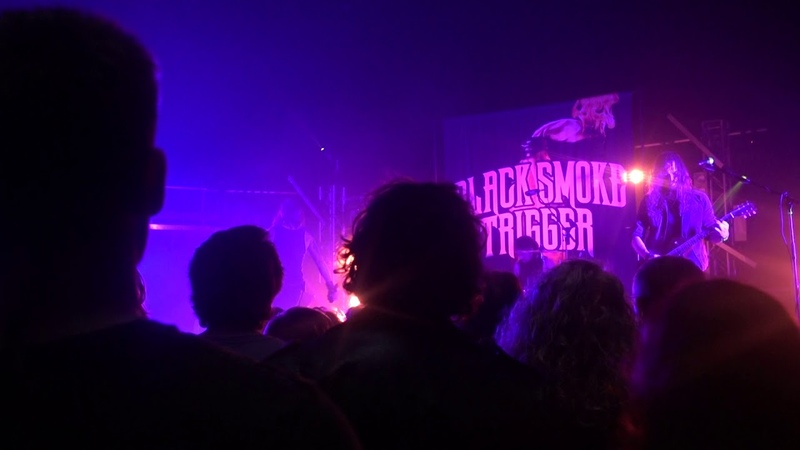 Black Smoke Trigger Caught In The Undertow