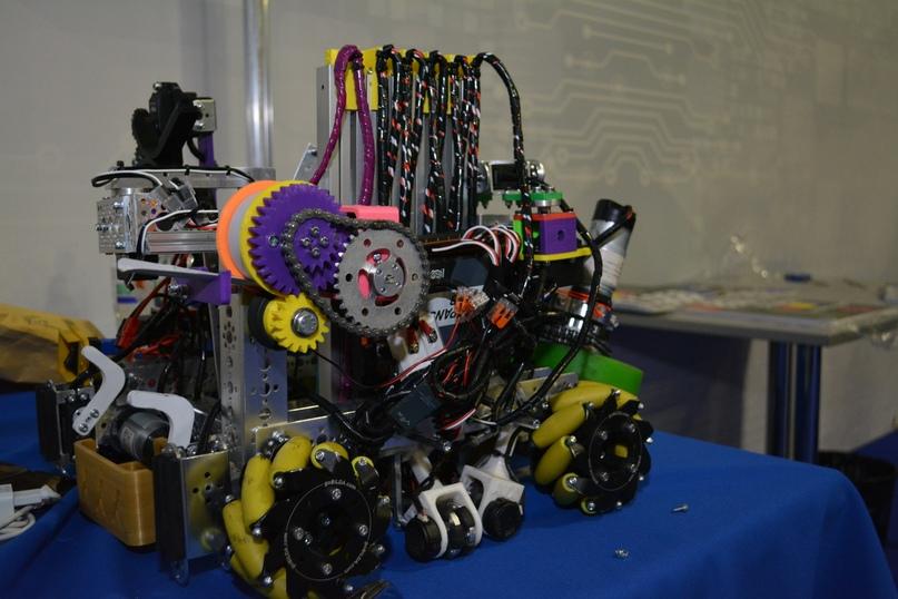 Румыны на First Russia Robotics Championship в Красноярске, изображение №2