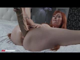 Lauren Phillips [Big Tits Redhead, Solo]