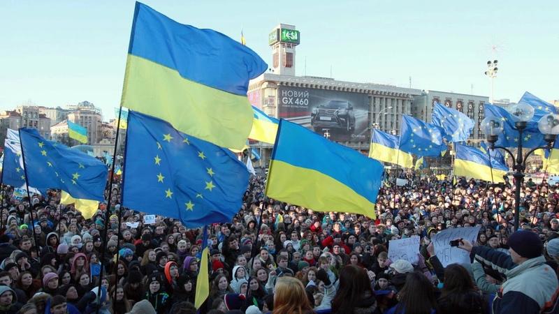 Киев может лишиться безвизового режима с ЕС Новости Сегодня Украина Россия