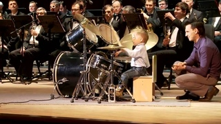 [HD] Lyonya Shilovsky - 3 Years Old Russian Drummer Leads Orchestra of Adult Musicians