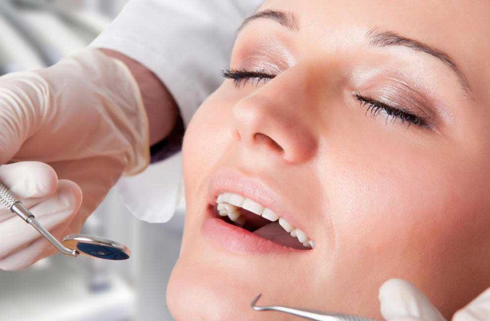 Нарушение прикуса II класса может быть диагностировано во время обычного визита к стоматологу.