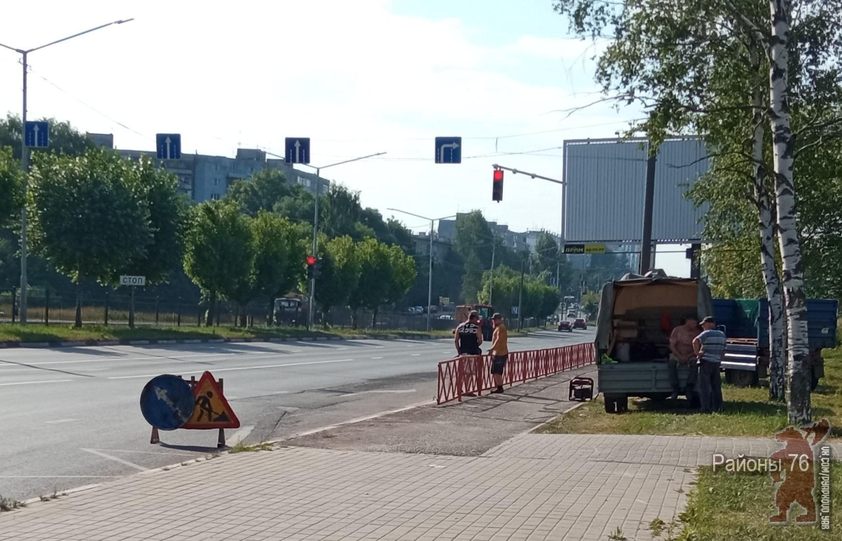 Мэр Ярославля ответил на критику Ильи Варламова за дорожные ограждения