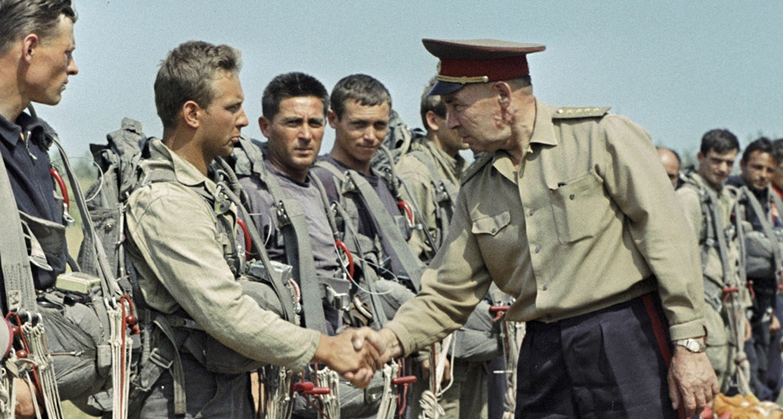 Маргелов и десантники