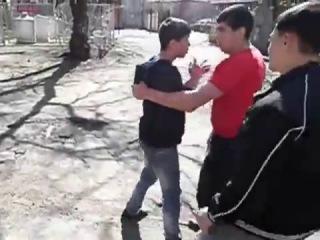Чуркобесы поставили на колени русских подростков и заставили кричать «хабаровск для каазцев»