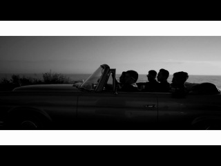 The Neighbourhood - Sweater Weather N2