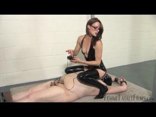 Worthless Slut Slave. Лучшее ФЕМДОМ видео и фото в группе  и на сайте http://fem-dom