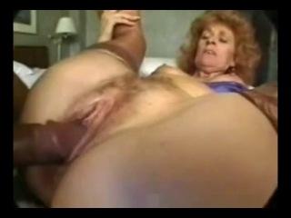 Cumaholic granny zandy rose gets ass fucked interracial threesome