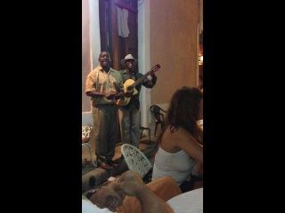 CUBA LA HABANA Национальная Кубинская песенка Comandante Chegevara