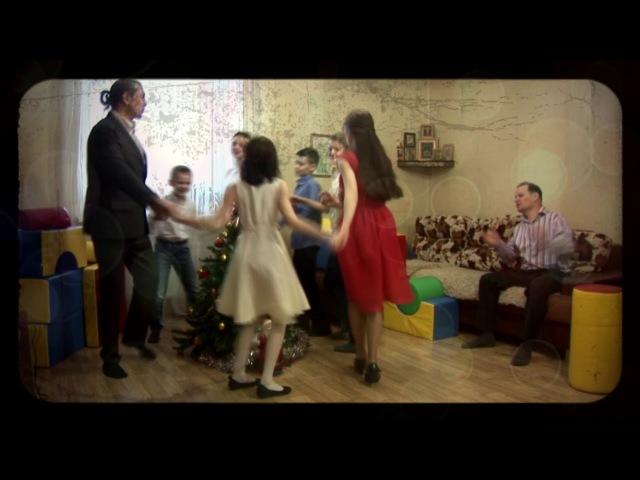 Евгений Смирнов - С НОВЫМ ГОДОМ, ПОДОЛЬЧАНЕ! - Музыкальный клип   Podolskcinema.pro