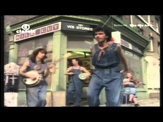 Dexys Midnight Runners Come On Eileen Official Music Video