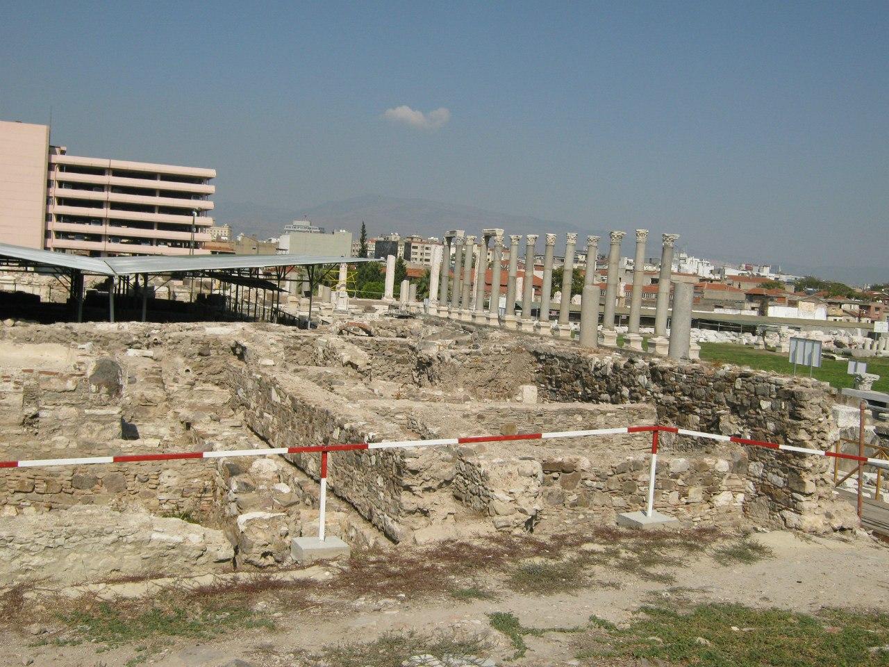древняя агора в Измире