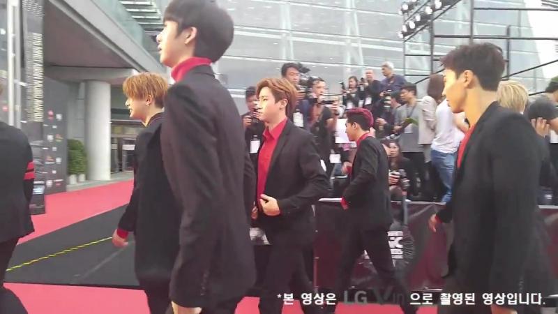 RAW VK 02 12 2015 Monsta X Red Carpet Mnet Asian Music Awards 2015 @ LGV10