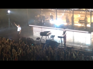 Hurts - Illuminated (Moscow ) LIVE