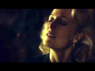 Mads mikkelsen gillian anderson kiss [bloopers] hannibal
