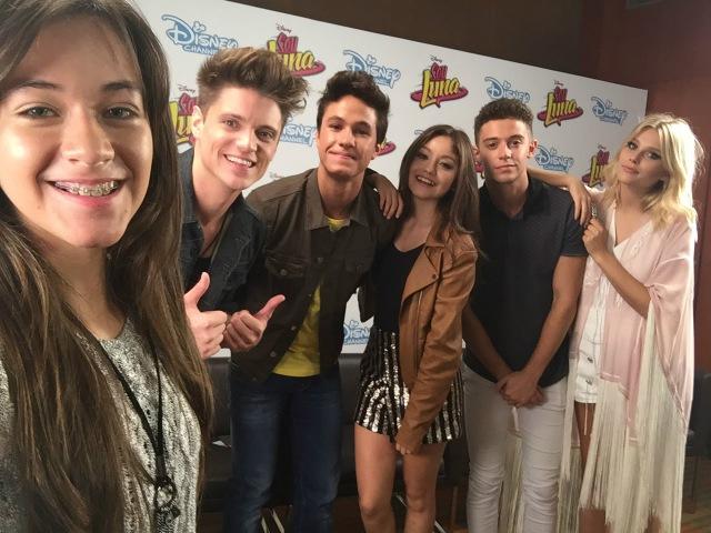 Carol Santina Entrevista os Atores Serie Sou Luna (Soy Luna) Disney Channel