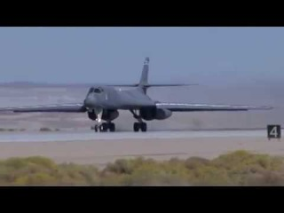 Rockwell B-1 Lancer American supersonic strategic bomber High Speed Passes