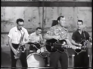 """Bill haley & his comets - """"hot dog buddy buddy"""" - from """"don't knock the rock"""""""