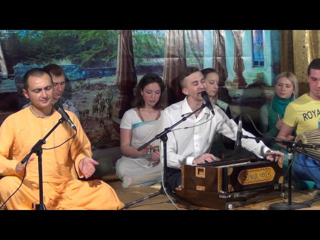 Адоша Дарши Нитай дас Бхаджан Джая Радха Мадхава на концерте медитации Mantra Yoga 19 04 2014