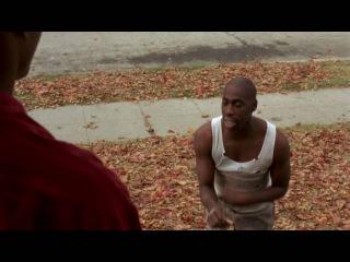 """Афро-американец из фильма """"Не грози Южному централу, попивая сок у себя в квартале"""". (Чувак купи чизбергер, чувак я тебе отсосу, ну купи чизбургер!)."""