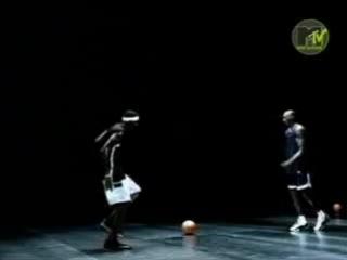 Afrika_Bambaataa-Nike_freestyle