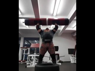 Жидрунас Савицкас ( Литва ), бревно - 190 кг на 2 раза, восстановление !
