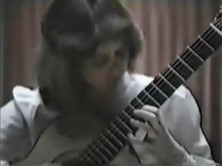Rare Guitar Video Nicola Hall plays Paganini Gran Sonata