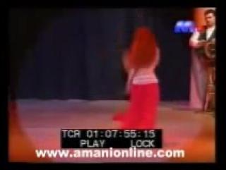 Amani Lebanese dance star - El hob Kolloh tambourine dance 8722