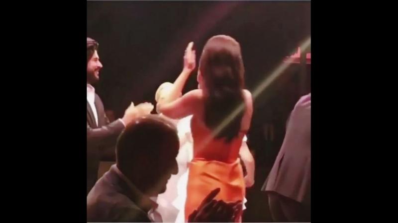 Бурак с супругой Фахрие вчера на свадьбе Ферхан Шенсой