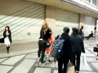 Crazy Japanese Street Dance