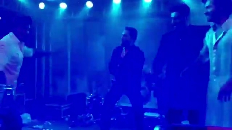Good morning Lets dance with Khilji @RanveerOfficial @arjunk26 @Varun dvn and @MikaSingh Have a great day