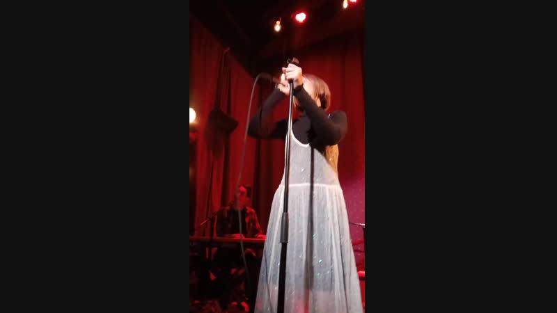 Grace VanderWaal - You Are So Beautiful (live,The Slipper Room, New York, 2019.02.21)