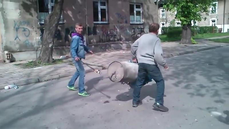 взрыв бомжа