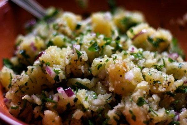 Картофельный салат с оливками, изображение №4