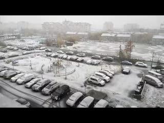 Снежный коллапс в Салехарде: что творится на улицах.