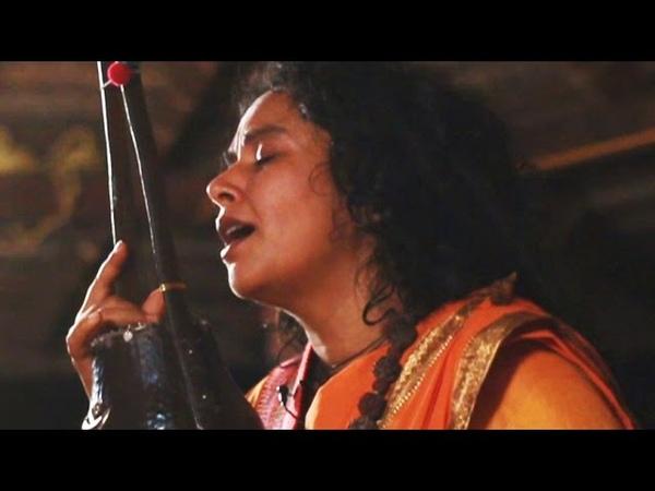 'Aaye Kheyene' by Parvathy Baul