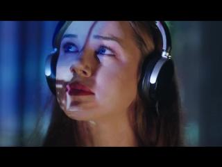 Hozier - Nina Cried Power (feat. Mavis Staples)