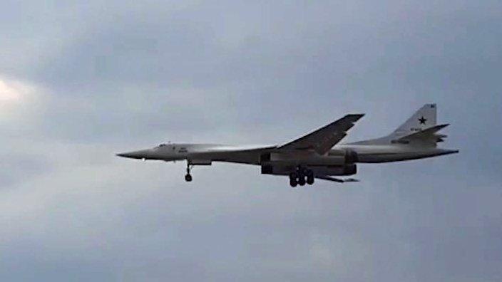 Российские Ту-160 выполнили полет над Индийским океаном. Новости. Первый канал