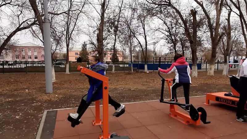 Валерий Радаев посетил новую площадку для сдачи норм ГТО в Питерском районе
