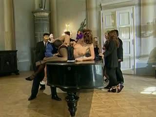 Laura Angel - Чешская Легенда порно трахается с Негром (Italian, Interracial)