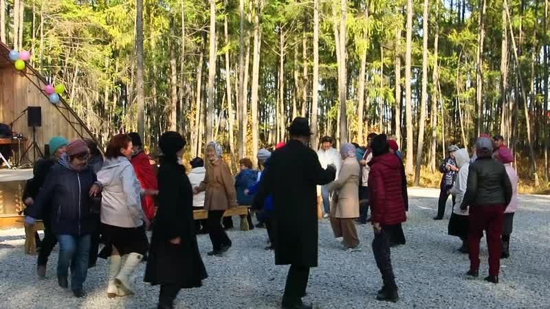 Прощание славянки от духового оркестра якутского музучилища им М Жиркова Покровск Якутия 14 сентября 2019