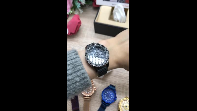 🌹🌹🌹Нереально крутые Часы с крутящимся циферблатом,на магнитном ремешке .Циферблат украшен сваровскими камнями и очень хорошо под