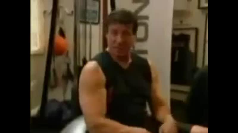 Убойная тренировка сильвестра сталлоне в 62 года!