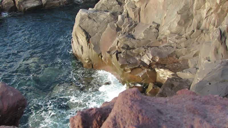 остров Итуруп. Лавовое плато Янкито. Охотское море.