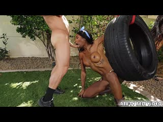 [TransAngels] Natassia Dreams, Riley Mitchel - Push Me Harder (Shemale, Hardcore, Anal, Black]