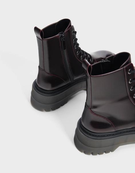 Ботинки на платформе с рифленой подошвой